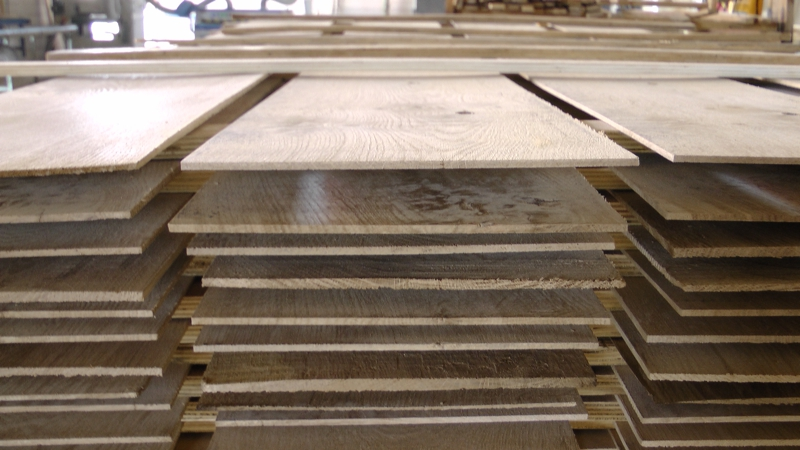 Oak Wood Lamella Ready To Glue On Plywood