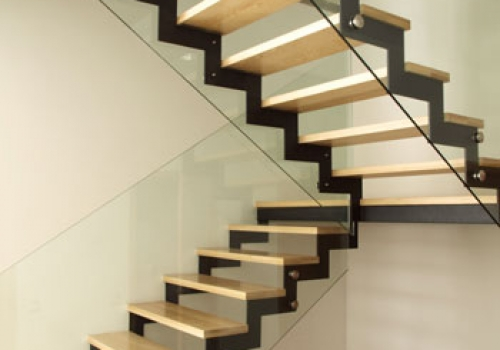 wooden-stair-steps-solid